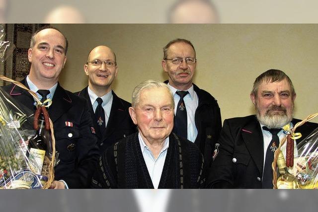 Augustin Siefer ist seit 70 Jahren bei der Feuerwehr