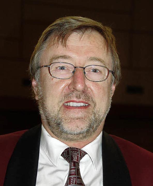 Zum Ehrenmitglied ernannt wurde Alfred...ttoschwanden für 40 Jahre als  Sänger.  | Foto: Pia Grättinger