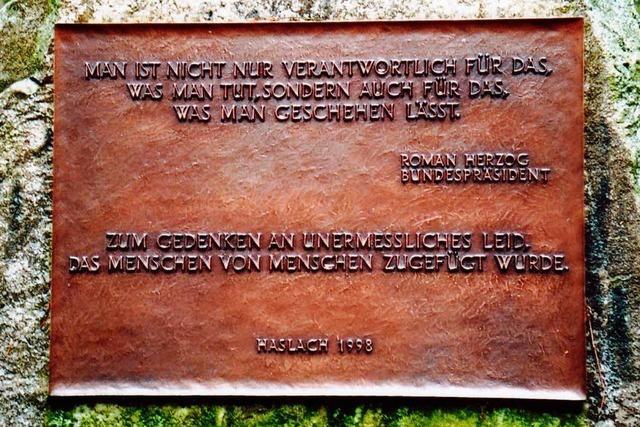 Bronzene Gedenktafel in Haslach i. K. gestohlen