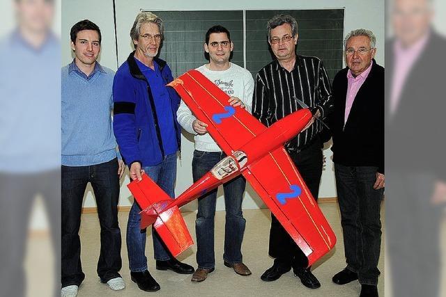 Modellflieger fusionieren mit Gruppe Hotzenwald