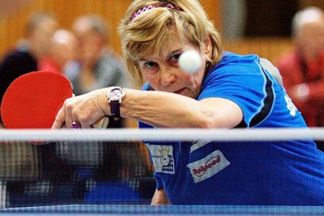 Tischtennis-Senioren kämpfen um jeden Ball