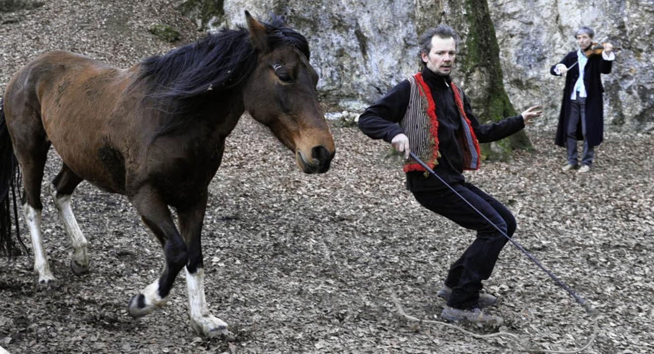 Die neue Produktion des Theaters im Ho...Musik und  Pferde auf die Naturbühne.   | Foto: André Roos
