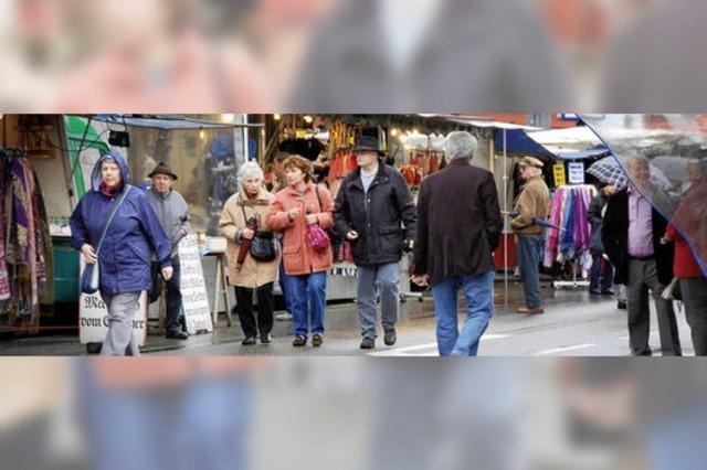 Frühjahrsmarkt: Stammkunden retten das Geschäft