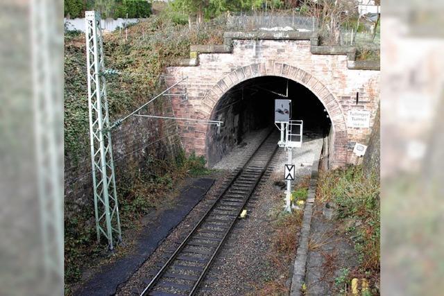 Brand legt Zugverkehr lahm