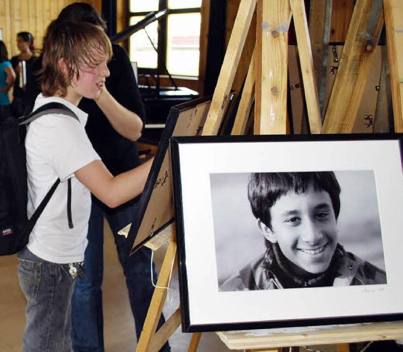 Das Fotoprojekt des Kaltenbach-Horts s... bekommt jedes Kind seines geschenkt.   | Foto: Thomas Loisl Mink