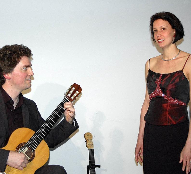 Von Sehnsucht, Freude und Leid: Tillma...eukman bei ihrem Konzert im Schlössle   | Foto:  Ursula König