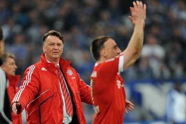 Bayern nach Sieg über Schalke wieder Tabellenführer