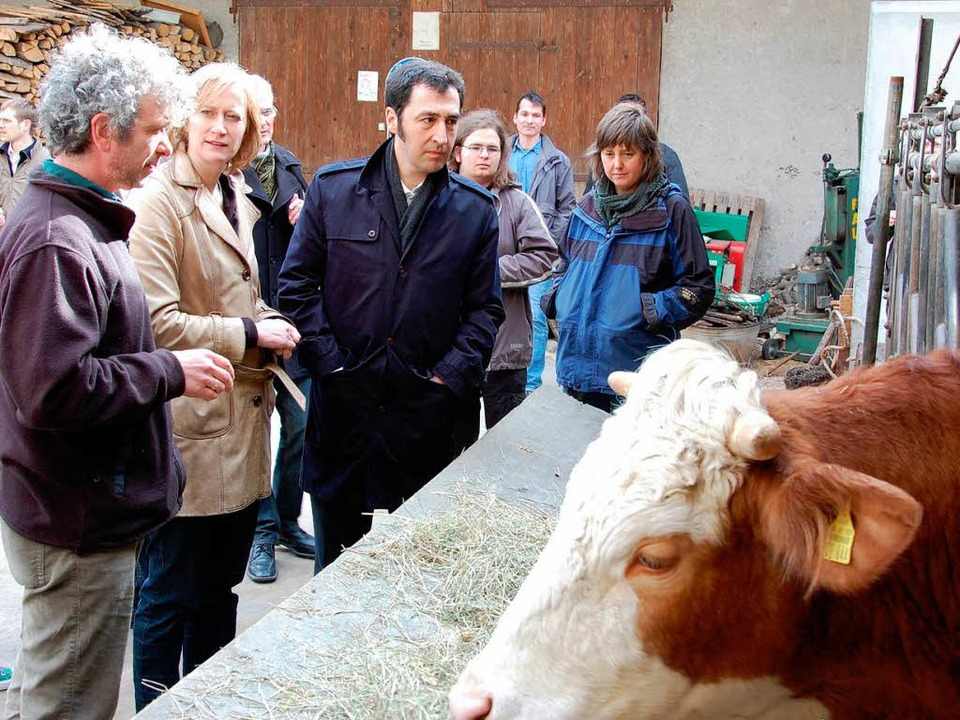 Der Breisacher Landwirt August Wagner ... seit über 200 Jahren bestehenden Hof.  | Foto: kai kricheldorff
