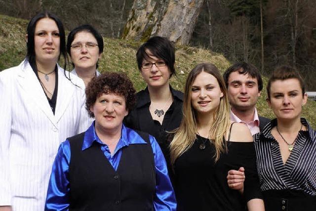 Fünf neue Altenpfleger
