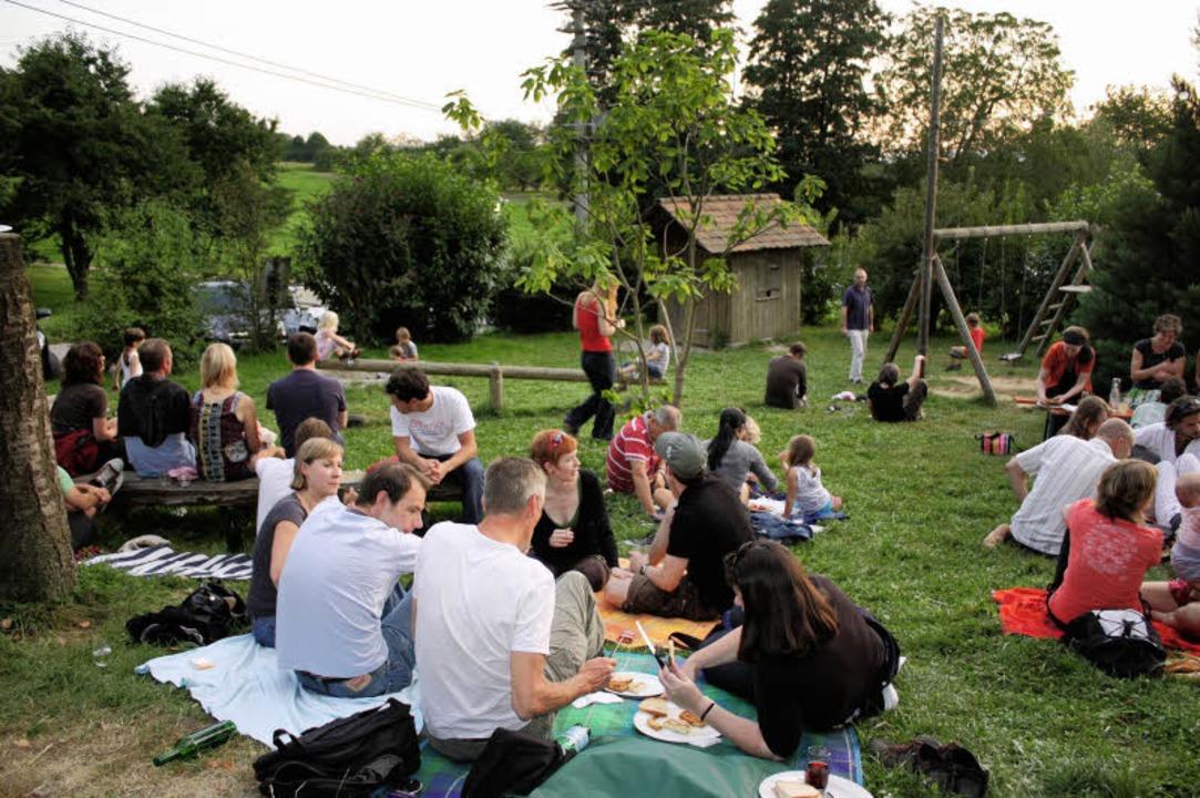 Im August heißt es mittwochs in Kerbers Straußi: (Selber) Grillen und Chillen.    Foto: PRIVAT