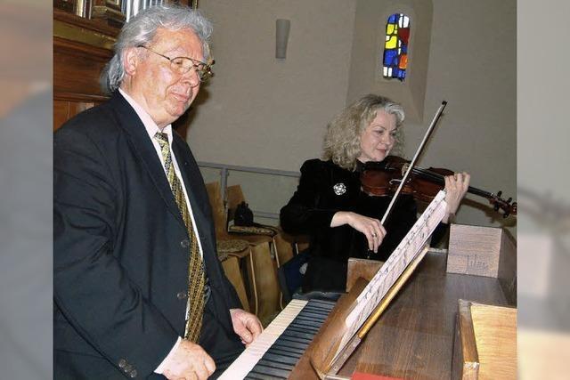 Virtuos an Geige und Orgel