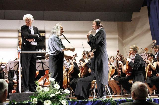 Clowns übernehmen den Dirigentenstab