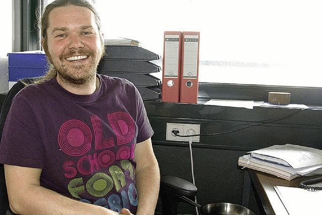 Michal Grman nimmt den Dienst als Streetworker auf