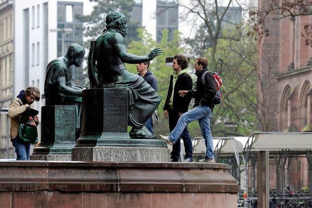 Eltern in Sorge: 2012 machen zwei Jahrgänge Abitur