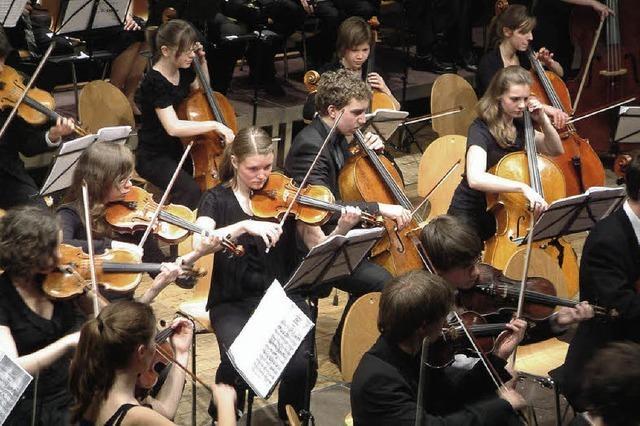 Orchestraler Kraft-Akt mit Rambazamba
