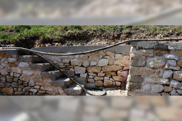 Mauersanierung am Castellberg in der Endphase