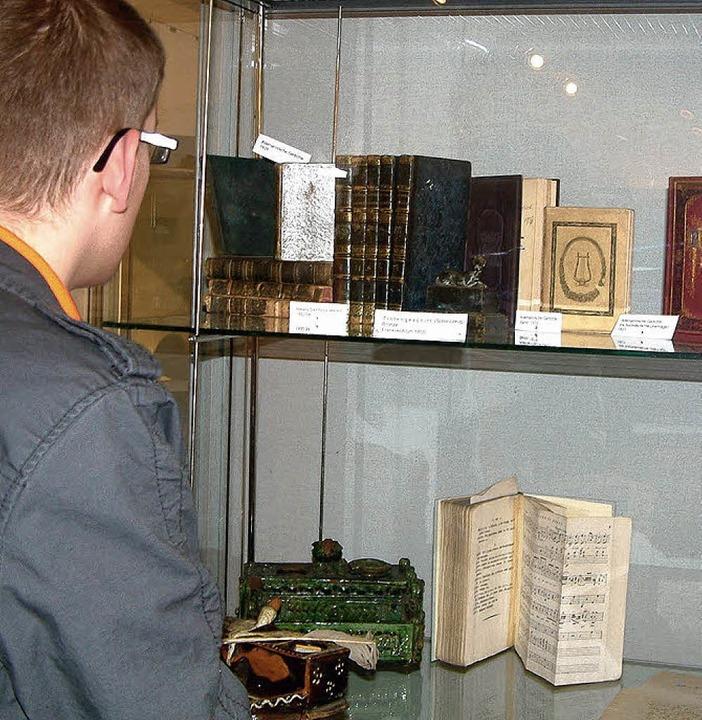 Auch kostbare historische Hebel-Ausgab...der neuen Hebel-Ausstellung im Museum.  | Foto: Roswitha Frey