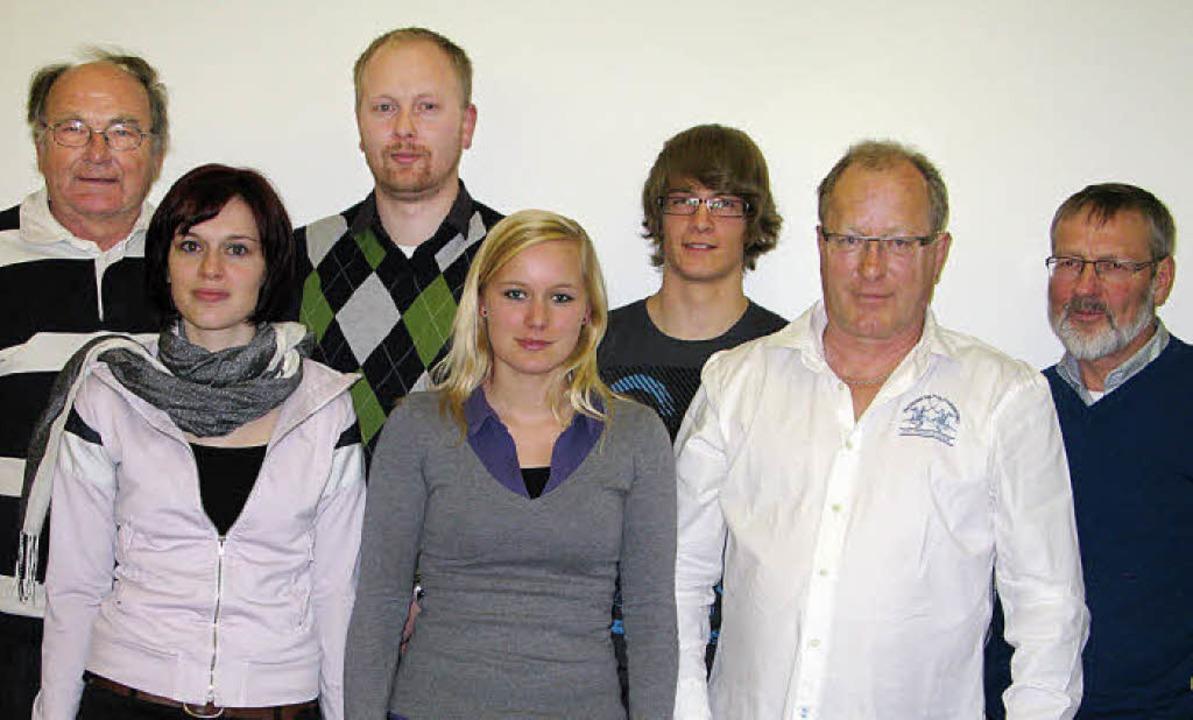 Zum Vorstand des Bernauer Tennisclubs ...n Köpfer und Kurt Regele (von links).     Foto: Ulrike Spiegelhalter