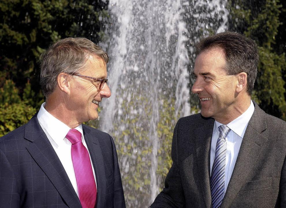 Martien den Blanken (links) folgt auf ...rtin Rogg im Amt des IAWR-Präsidenten.  | Foto: Ingo Schneider