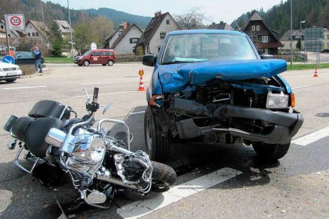 Schweizer Biker schwer verletzt