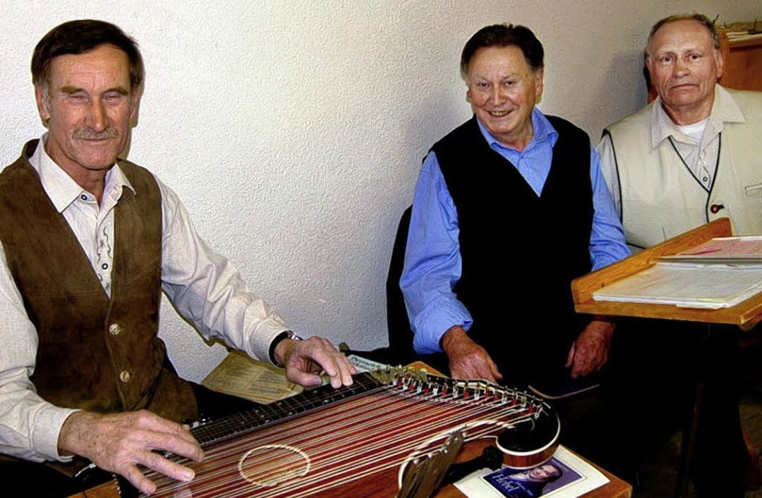 Zithervirtuose Günter Wasmer und  Mund...hchef Fritz Brutschin aus Enkenstein.   | Foto: Manfred Wagner