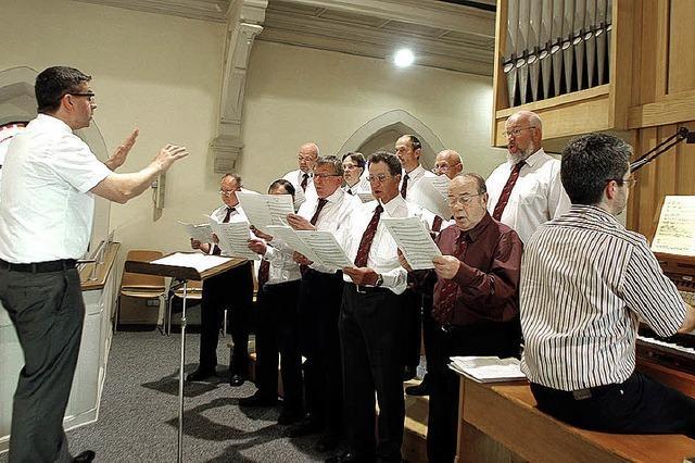 Seit 20 Jahren singt die Schola im Hintergrund