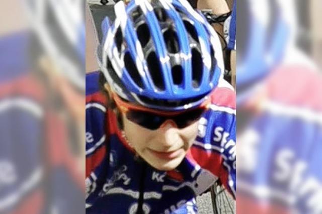 Nico Denz schafft B-Norm auf Bahnrad