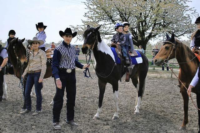 Rösser, Reiter und auch Hunde zeigten ihr Können