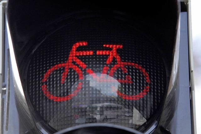 31 Radfahrer missachten rote Ampel