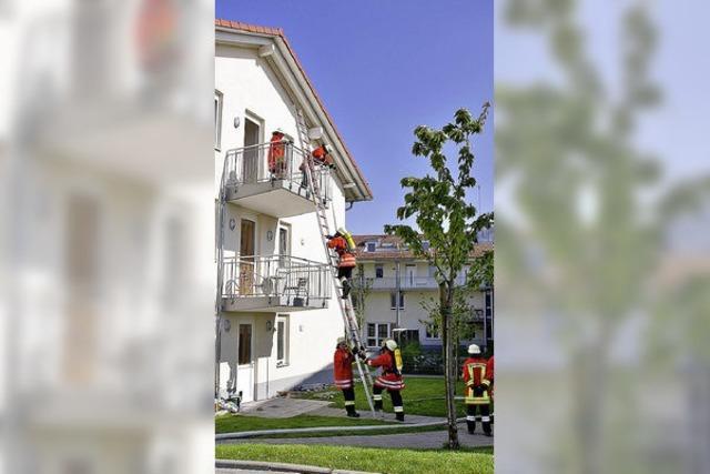 Feuerwehr probt den Ernstfall am Haus Johannes