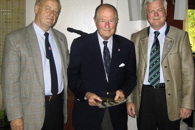 Golfclub macht Alex P. Gütermann zum Ehrenmitglied