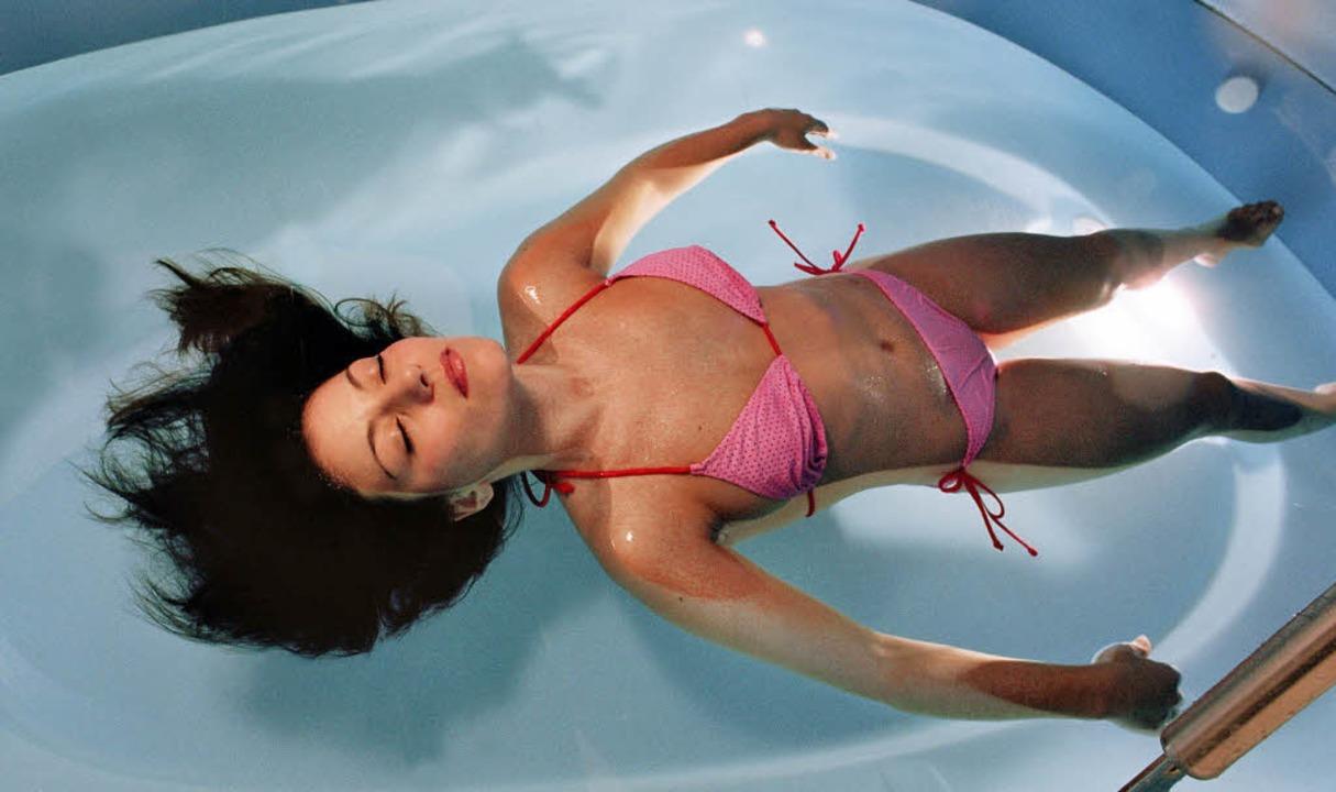 Im Floating-Tank wird der Alltag einfa...kehr in die reizüberflutete Realität.   | Foto: Tapprich, Sven Kühnöl