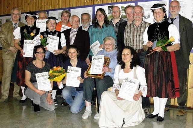 Heimatverein ehrt treuen Helferkreis