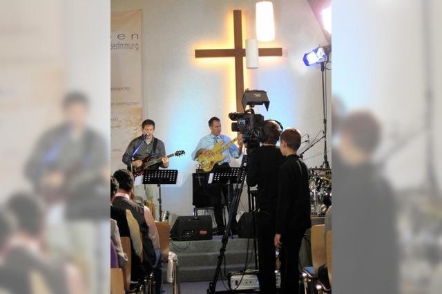 Baptistengottesdienst im Fernsehen