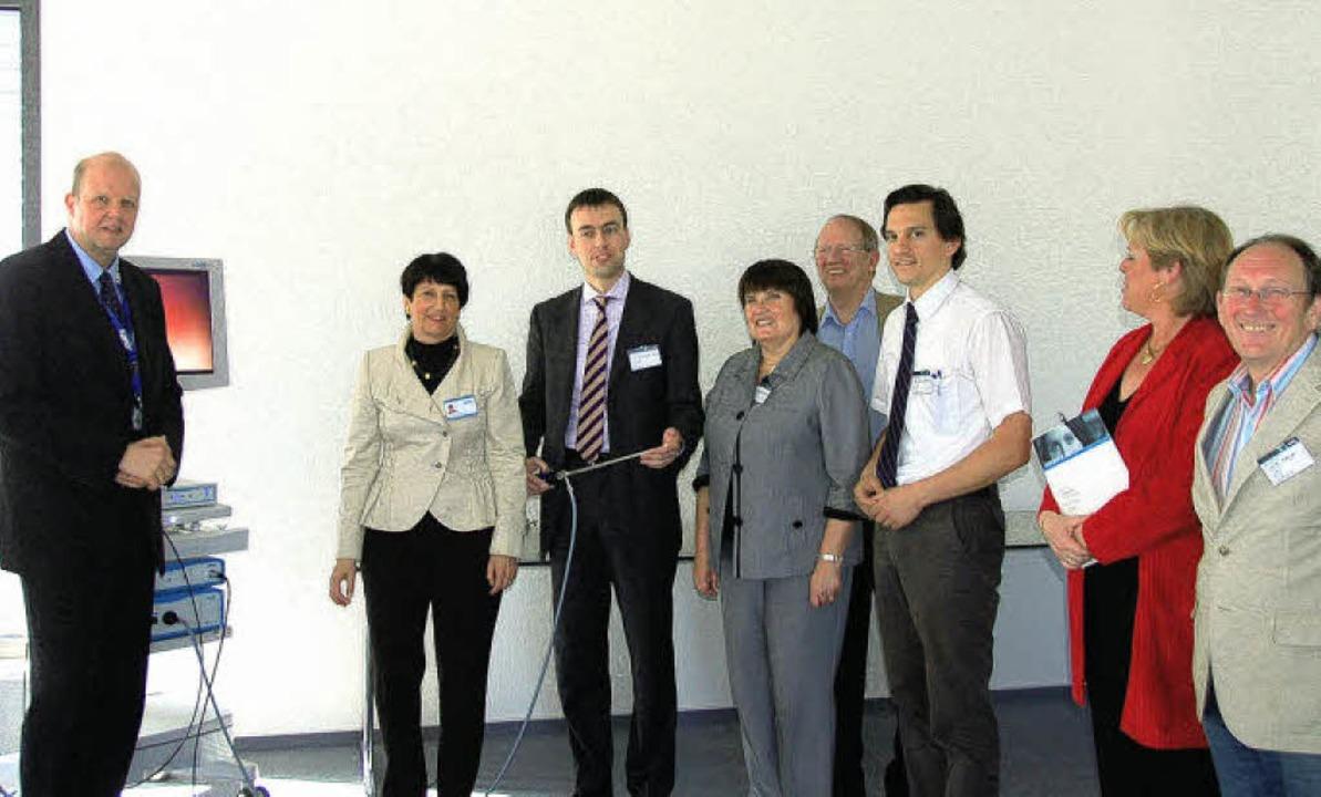 Von Regula Schölly (2. von links) ließ...uation auf dem Weltmarkt informieren.   | Foto: Bayer