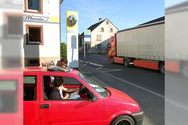 Autos, Lkw, Busse und Zweiräder zählen