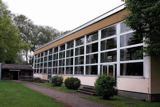Neue Außenhaut für Umkircher Halle