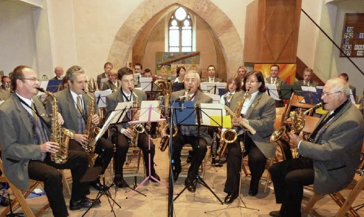 Die Saxophonisten (von links) Walfried... Musik- und Feuerwehrkapelle Teningen.  | Foto: Karlernst Lauffer