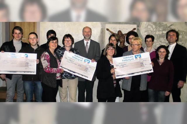 2400 Euro Spenden aus