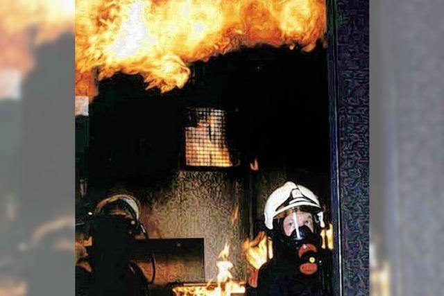 Wie trainiert die Feuerwehr?