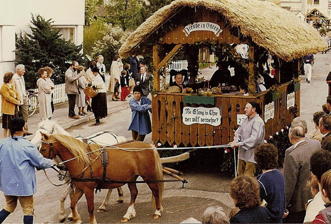 Historischer Festumzug in Hausen beim Hebelfest 1985  | Foto: Privat