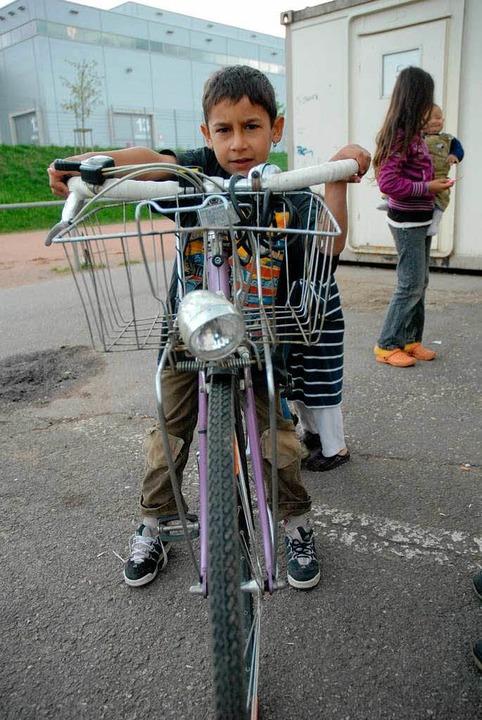 Wo geht es nach Hause? Roma-Flüchtling in Freiburg  | Foto: BENSIEK