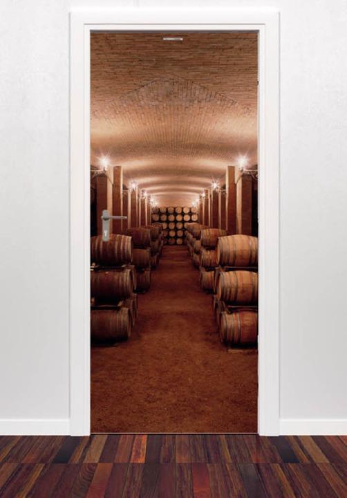 Täuschend echt: Tür tarnt sich als Weinkeller   | Foto: style-your-door.com