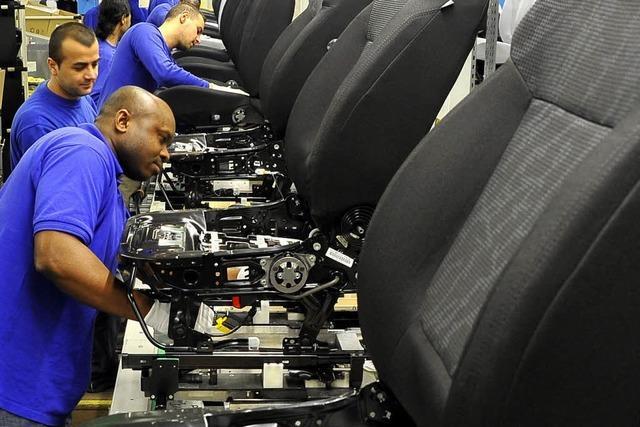 Autositzbauer Johnson Controls expandiert in Neuenburg