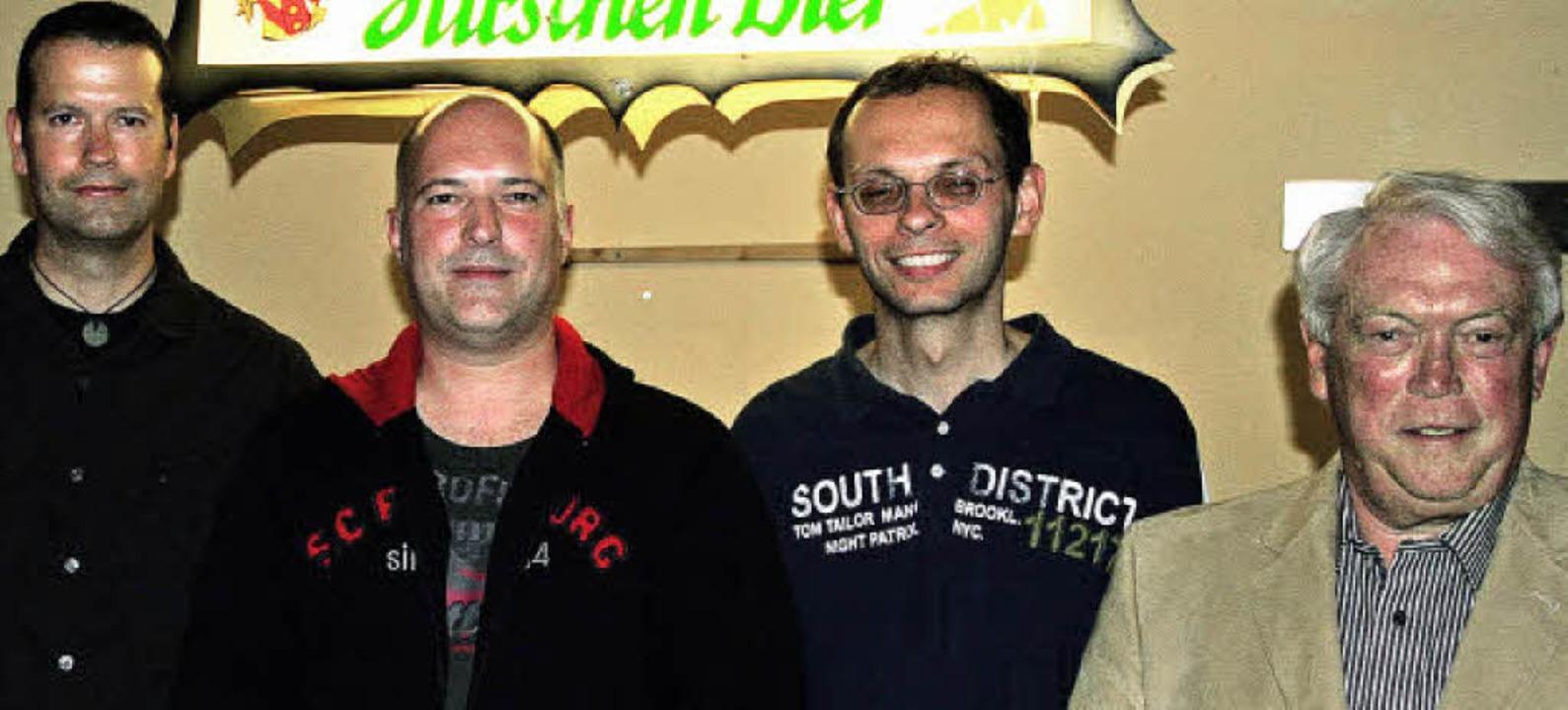 Ehrungen beim Tischtennisverein Kenzin...n Kessler und Vorsitzender Klaus Rein.  | Foto: Eberhard Kopp