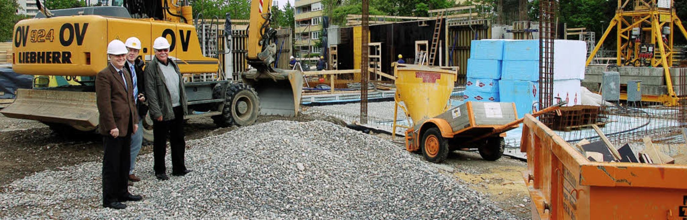 Sind zufrieden mit dem Baufortschritt:...r Baustelle des Oberrhein-Gymnasiums.     Foto: Senf