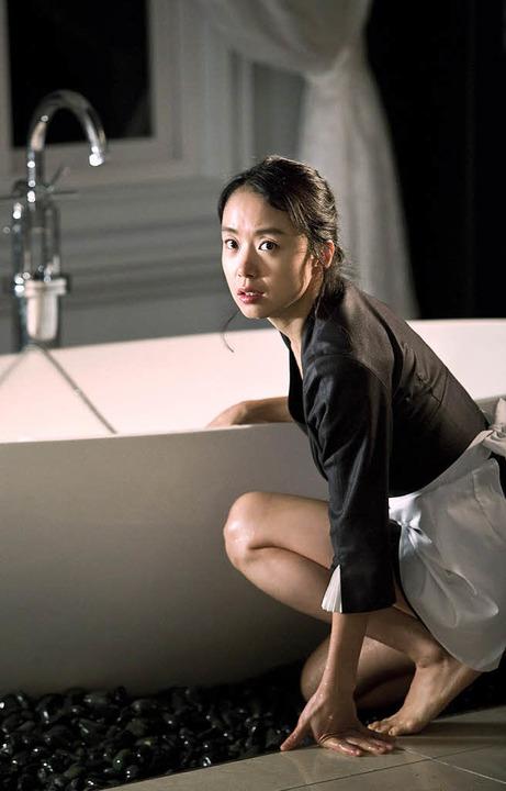 "Naiv: Jeon Doyeon in Im Sangsoos ""The Housemaid""    Foto: verleih"