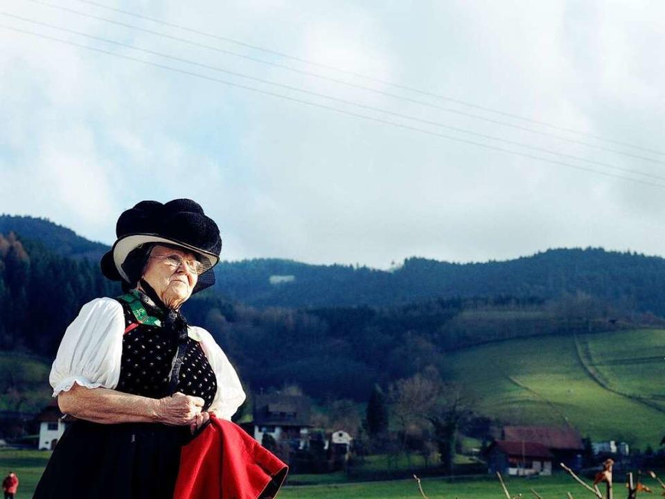 Schwierige Heimat: Der Schwarzwälder Bollenhut passt nicht jedem.  | Foto: Visum