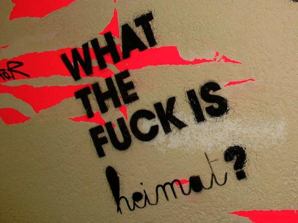 Graffito des Offenburger Künstlers Stefan Strumbel.  | Foto: Katharina Meyer