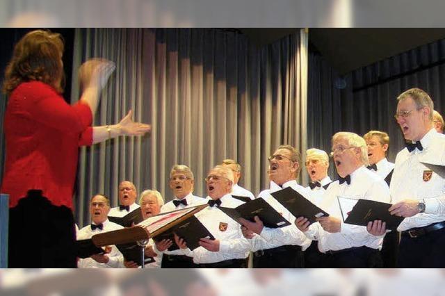 Gesangverein Minseln: Zum Umzug scheint die Sonne
